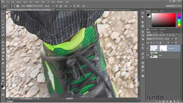 335 Restoring a missing photograph detail: Deke's Techniques