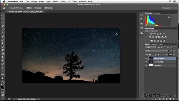 Exposure stacking to create star trails: Enhancing Night and Low-Light Photos with Photoshop