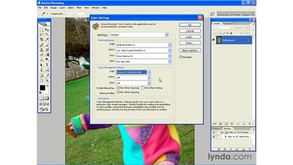 Color shifts between Photoshop and Flash: Photoshop CS2 and Flash 8 Integration