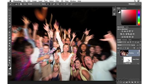 Customizing the radial blur with a mask: Creative Blurring with Photoshop