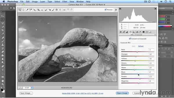 Developing the shot: Following the light: Landscape Photography: California's Mobius Arch