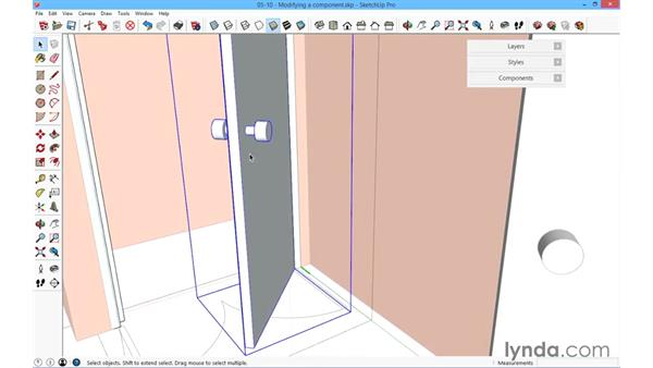Modifying an internal door component: SketchUp for Architecture: Fundamentals