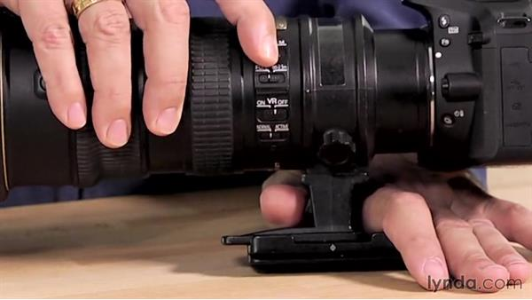 Lens controls: Up and Running with the Nikon D5200 and D5300