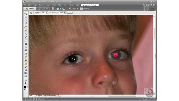 Correcting red-eye: Photoshop Elements 5 Essential Training