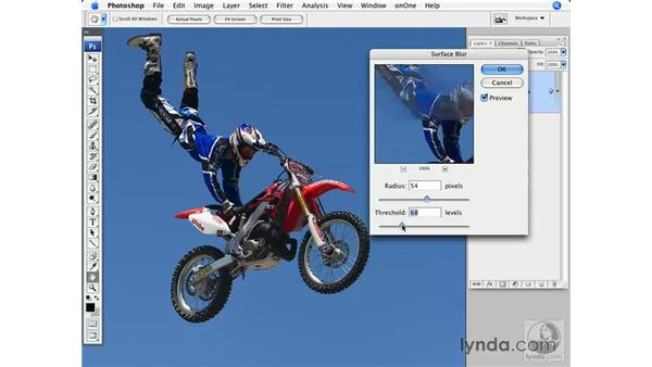 The Noise Reduction filter: Photoshop CS3 for Photographers