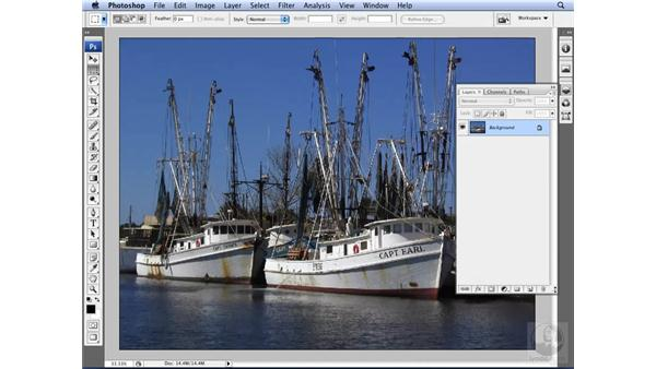 Creating and saving a custom workspace: Photoshop CS3 for Designers