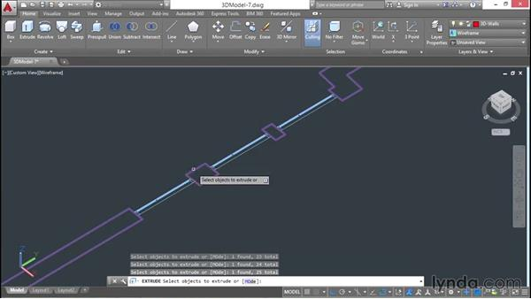 Extruding closed polyline walls: 3D Architectural Modeling with AutoCAD