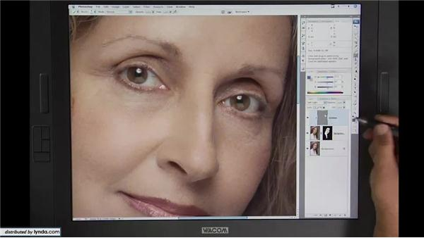 Lesson 15: Rebuilding skin pt. 3: Beyond Skin: Going Deeper with Photoshop CS3