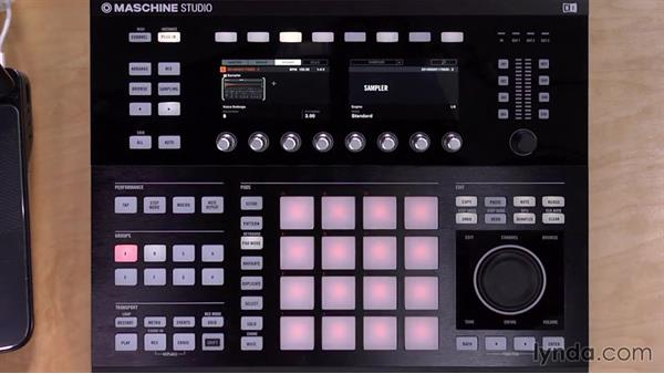 Slicing samples from the hardware controller: Up and Running with Maschine 2