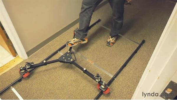 Setting up a professional dolly: Video Gear Weekly