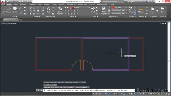 Stretching and lengthening: AutoCAD 2016 Essential Training
