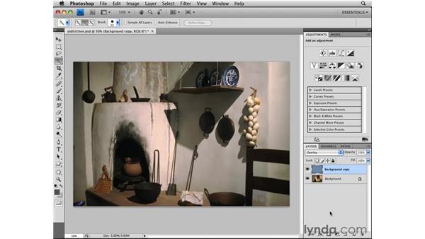 Removing a color cast: Photoshop CS4 Essential Training