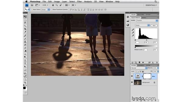 Modifying color with levels: Photoshop CS4 for Photographers