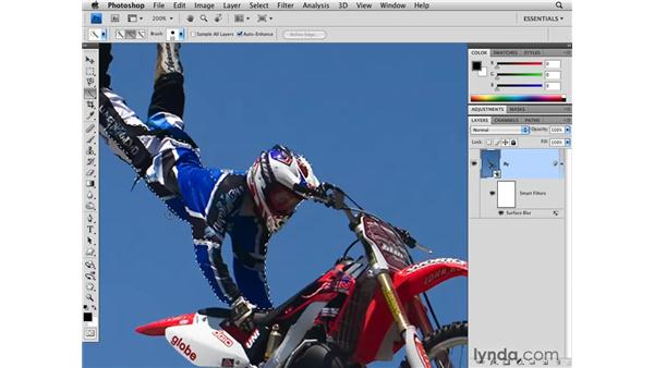 Noise reduction with Surface Blur: Photoshop CS4 for Photographers
