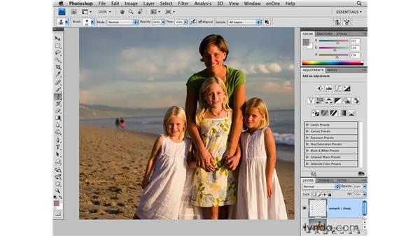 Cleaning up a background: Photoshop CS4 for Photographers