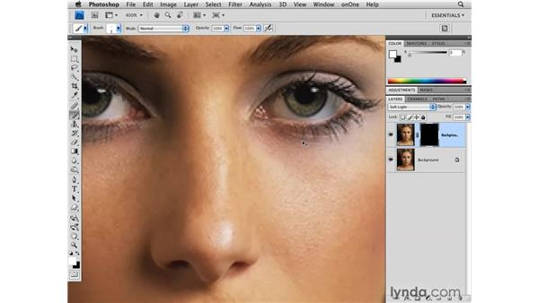 Darkening the edge of an eye: Photoshop CS4 for Photographers