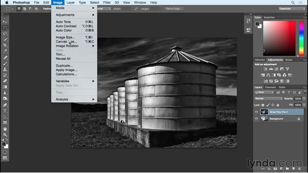 Creating frames for black-and-white images : Black and White with Lightroom and Photoshop