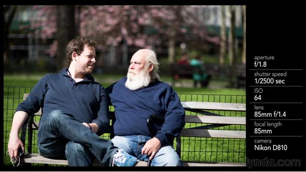 Photographing two strangers together: Street Photography: Posed Portraiture