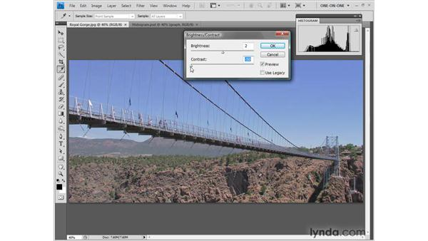 Using the Histogram palette: Photoshop CS4 One-on-One: Fundamentals
