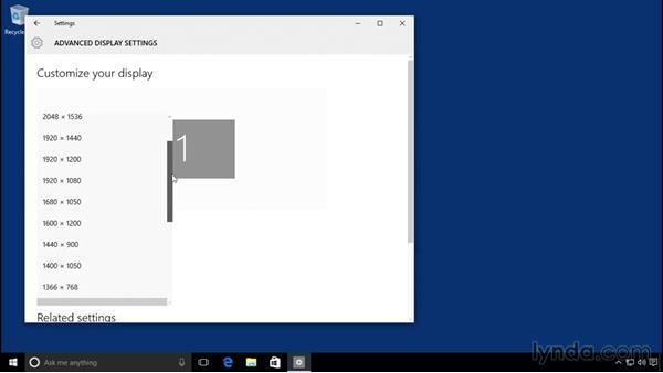Changing screen resolution: Windows 10 Essential Training