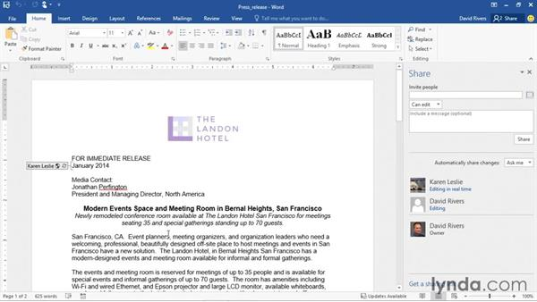 Collaborating on a document in real time: Office 2016 and Office 365 New Features