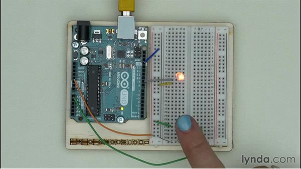 Solution: Programming an LED that reacts to brightness: Arduino Pulse Width Modulation