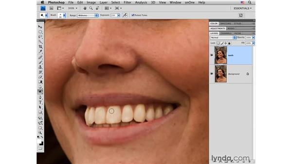 Whitening teeth with the Dodge tool: Photoshop CS4 Portrait Retouching Essential Training