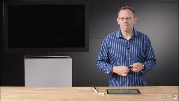 Connect an external or wireless display: Learn Microsoft Surface: The Basics