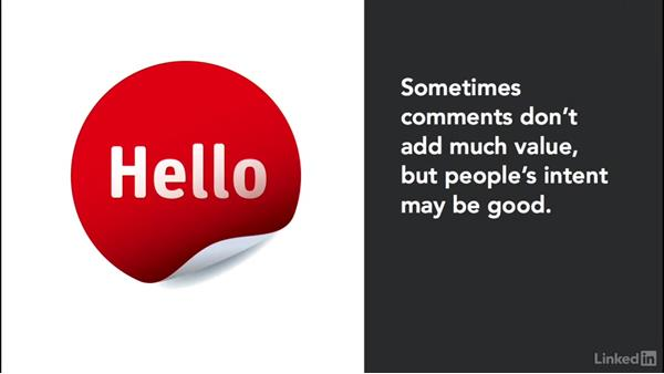 The power of the first comment: Managing Customer Comments