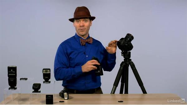 Connecting a Speedlte to your camera: Canon Speedlite Flash Fundamentals