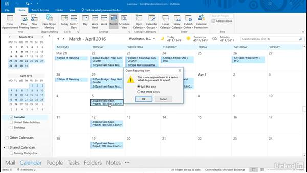 how to create a recurring meeting in outlook
