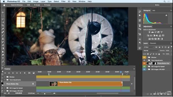 Selecting and fine-tuning the video loop for the cinemagraph in Photoshop: Photoshop Cinemagraph Tutorial: Start to Finish