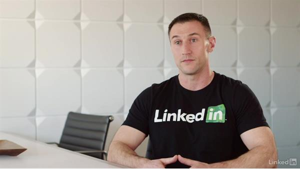 How do you reach out to someone for mentoring opportunities?: LinkedIn for Veterans