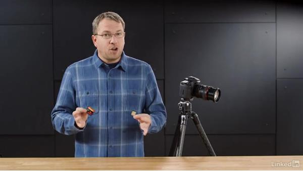 Understanding the dual-slot media card workflow: Performance Tuning the Canon 7D Mark II