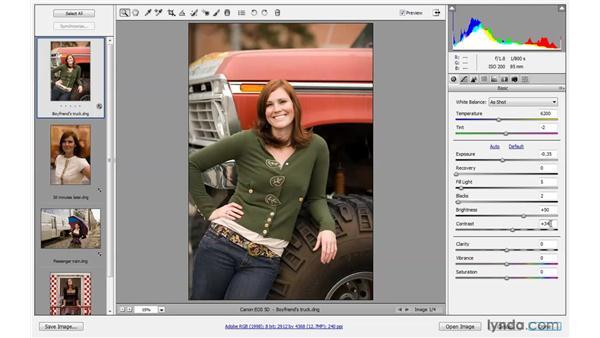 Applying automatic exposure adjustments: Photoshop CS4 One-on-One: Advanced