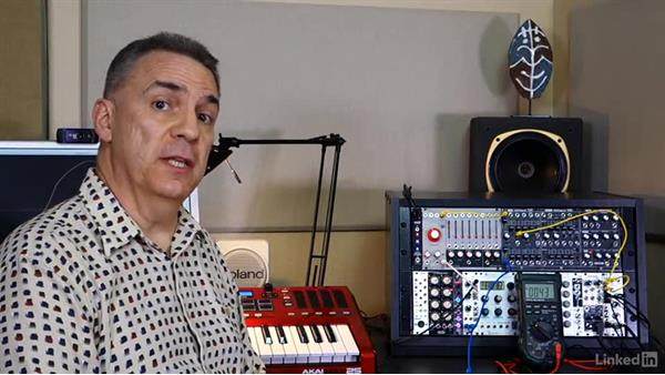 Fundamental concept: Voltage control (CV + gate): Learning Modular Synthesis