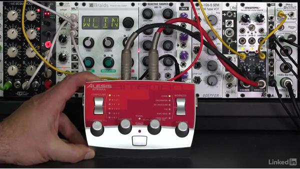 Effects loops: Learning Modular Synthesis