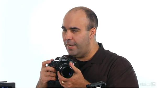 How DSLR viewfinders react when recording video: DSLR Video Tips: Cameras & Lenses