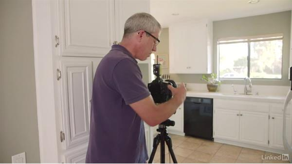 Talking through the technical settings on the kitchen: Learn Real Estate Photography: The Basics