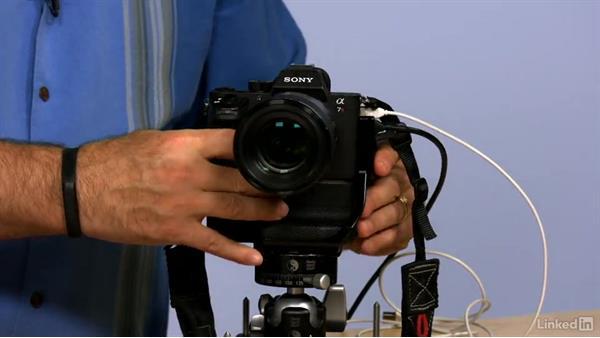 Why battery life is shorter on mirrorless cameras: Mirrorless Camera Fundamentals