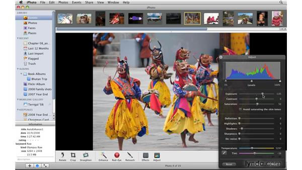 Using the automatic Enhance feature: iPhoto '09 Essential Training