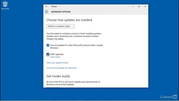 Installing updates: Windows 10: Manage Updates and Recovery