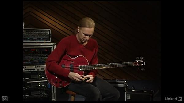 Right-hand basics: Electric Bass Basics with Billy Sheehan