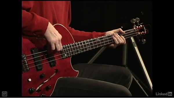 The root-fifth-octave pattern: Electric Bass Basics with Billy Sheehan