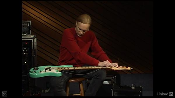Changing a string: Electric Bass Basics with Billy Sheehan