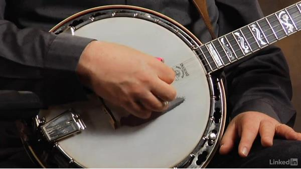 Right-hand position: Part 2: Banjo Lessons with Tony Trischka: 1 Fundamentals