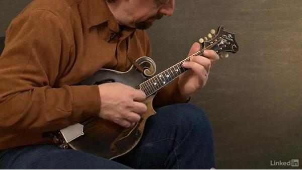 "Making the chord changes—""Old Home Place"": Mandolin Lessons with Mike Marshall: 3 Simplifying Difficult Tunes"