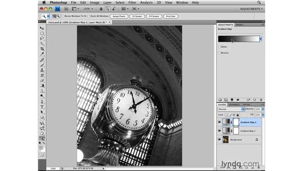Making a Gradient Map adjustment: Photoshop CS4: Image Adjustments in Depth