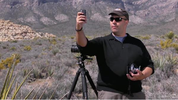 Stitching in camera: Shooting and Processing Panoramas