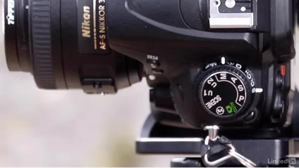 Locking exposure and focus: Shooting and Processing Panoramas